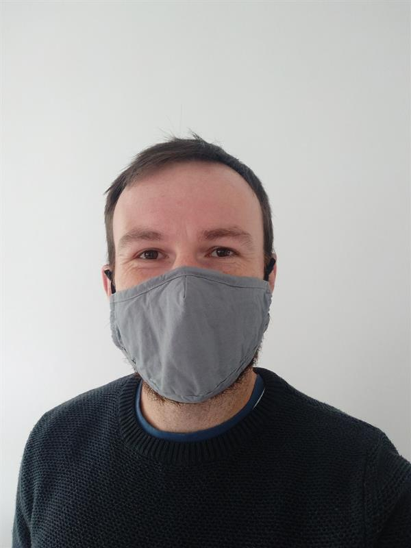 With Mask.jpg